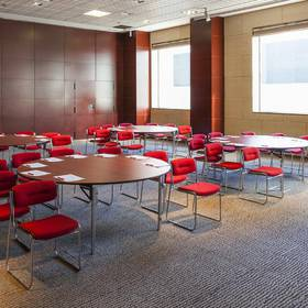 Meeting room hotel ilunion valencia 4