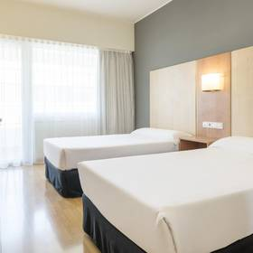 Double Room ILUNION ROMAREDA