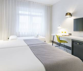 Double room with supplementary bed hotel ilunion bilbao