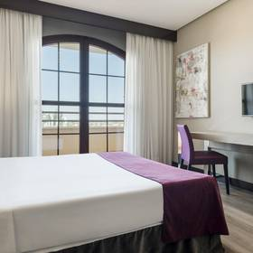 Double room ilunion golf badajoz hotel ilunion golf badajoz