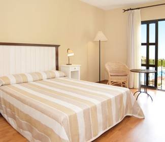 Triple room with swimming pool views ilunion mijas hotel