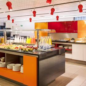 Breakfast Buffet ILUNION BARCELONA
