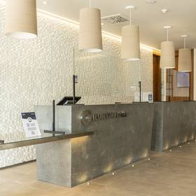 Reception hotel ilunion fuengirola